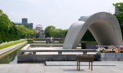 Memorial_Cenotaph,_Hiroshima_Peace_Memorial_Park_(7170064476)_(2)